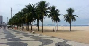 2 km de caminhada de Copacabana até o Leme