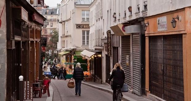Passeio por uma rua charmosa – Paris além do Óbvio