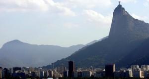 As paisagens entre o mar e as montanhas deram o título de Patrimônio da Humanidade à Cidade Maravilhosa