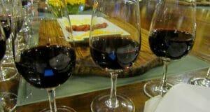 Em Buenos Aires, vá a uma degustação de vinhos