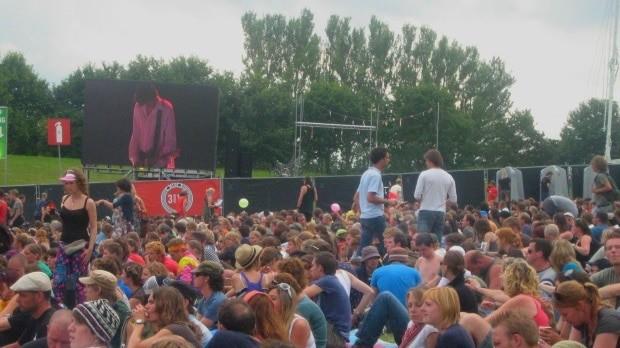 O Sonic Youth fui uma das atrações do Festival Lowlands, na Holanda