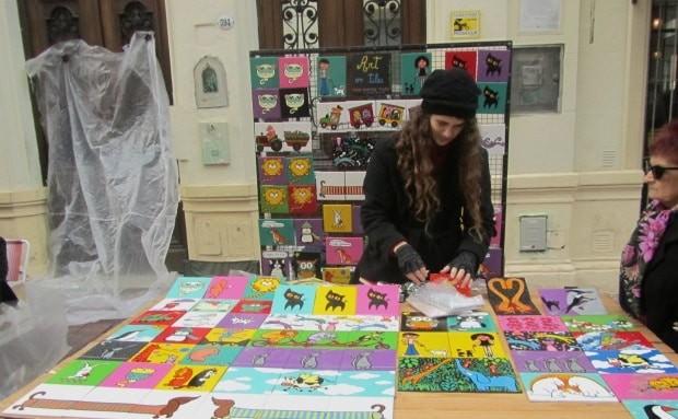Na feira de San Telmo, artistas de Buenos Aires expõem sua produção original