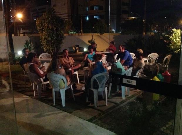 Na área externa do hostel, dá para conhecer muita gente legal