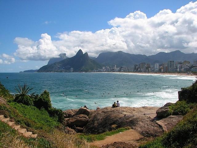 praia-ipanema-brasil