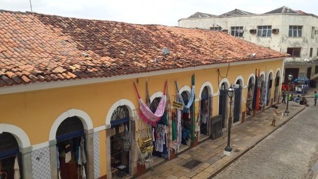 A Feira da Praia Grande é um mercadão de São Luís
