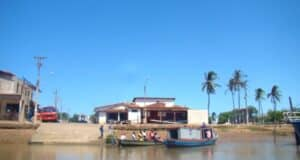 A saída para o passeio de barco pelo Delta do Parnaíba foi do Porto de Tatus
