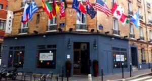 A fachada do Arty, um lugar bom e barato para ficar em Paris