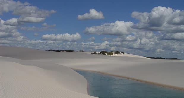 As dunas e lagoas dos Lençóis Maranhenses fazem parteda Rota das Emoções - foto: Roberto Tietzmann