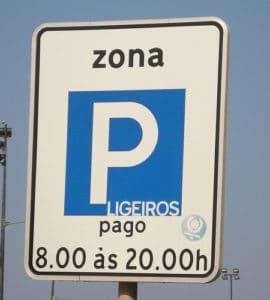 Placa de parque de estacionamento pago