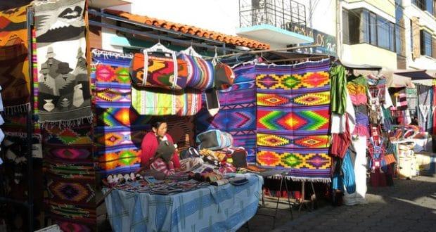 otavalo turismo equador feira cuicocha mochilao 101