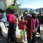 otavalo turismo equador feira cuicocha mochilao 151