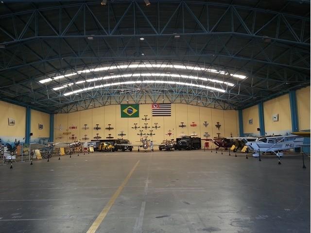 hangar-botelho