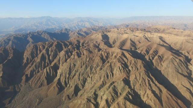 ... e ótimas vistas da região desértica no sul do Peru