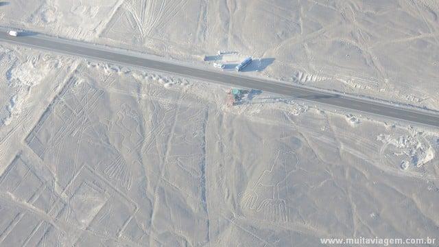 A rodovia Panamericana e o mirante para quem quer ver (poucos) desenhos de Nazca mais de perto