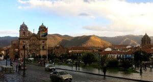 A Plaza de Armas, no centro de Cusco, Peru.