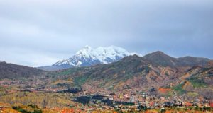La Paz: colorida, cheia de vida e com uma geografia única, mas é uma cidade difícil - foto:  Matthew Straubmuller