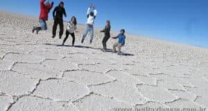 Uma road trip pela Bolívia: o Salar de Uyuni, o deserto surreal e as lagoas coloridas