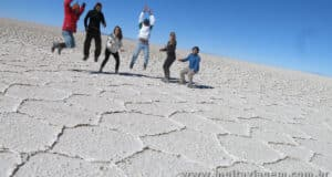 EEEEE!!! Tentativa de salto sincronizado no deserto do Salar de Uyuni