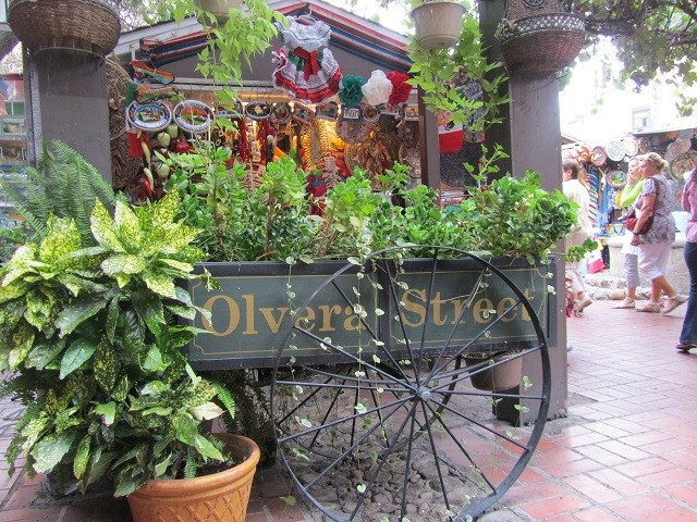 olvera-street-los-angeles