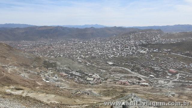 A cidade de 140 mil habitantes vista do alto: Potosí já foi mais rica do que Madri