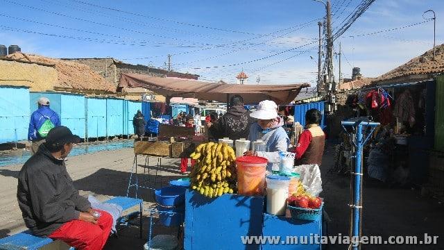 O mercado de mineiros onde dá para comprar presentes para os trabalhadores