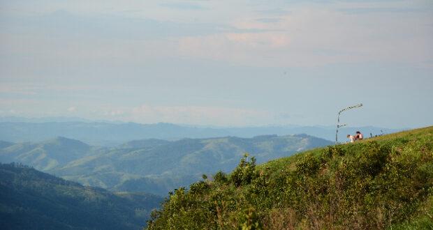 O ponto mais alto da região na Serra da Mantiqueira tem uma paisagem incrível do interior de SP e MG
