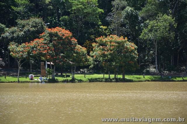 O Parque Represa Dr. Jovino Silveira, em Serra Negra, é um parque bonito para visitar