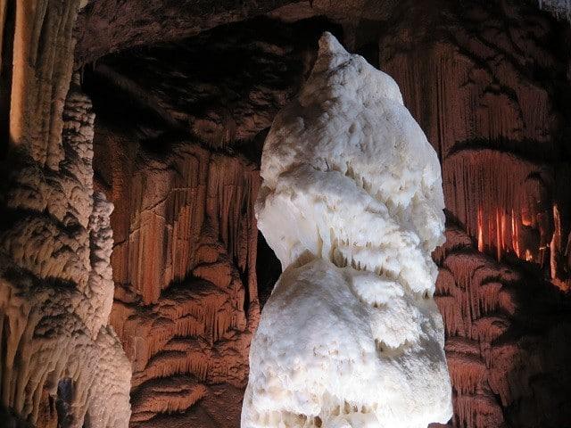 diamante-branco-postojna-cave