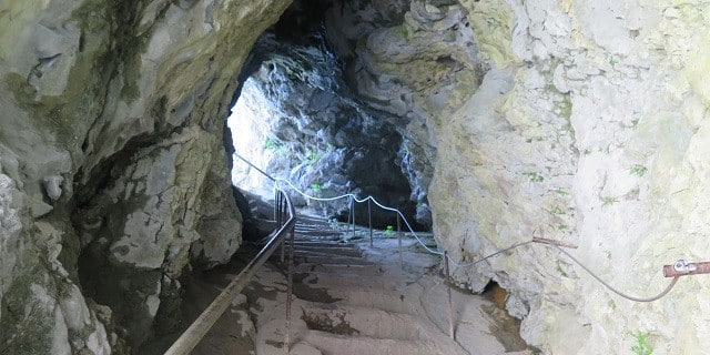 escadas-castelo-medieval-eslovenia