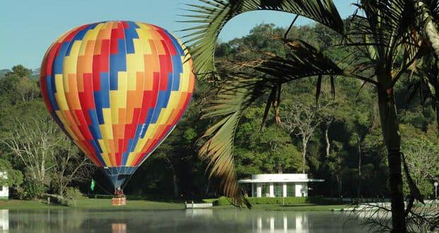 São Lourenço tem opções de voo de balão foto:  Luiz Cláudio Maciel/Divulgação
