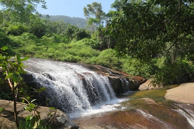 Cachoeira em Ubatuba