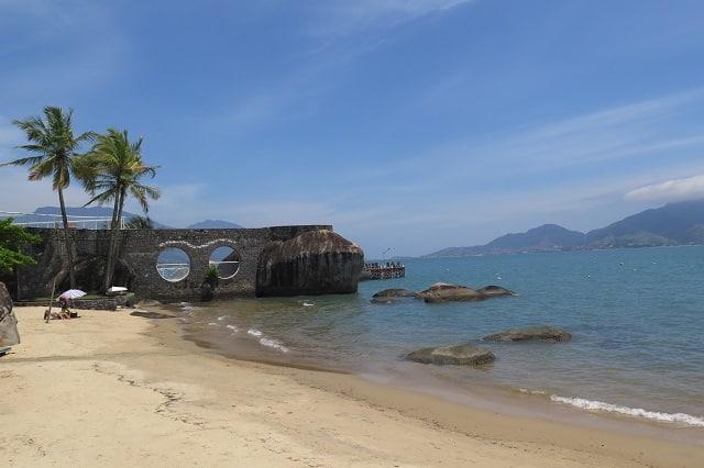 A Praia do Viana tem boa infraestrutura turística.