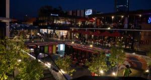 O Pátio Bellavista reúne diversos bares para comer e beber