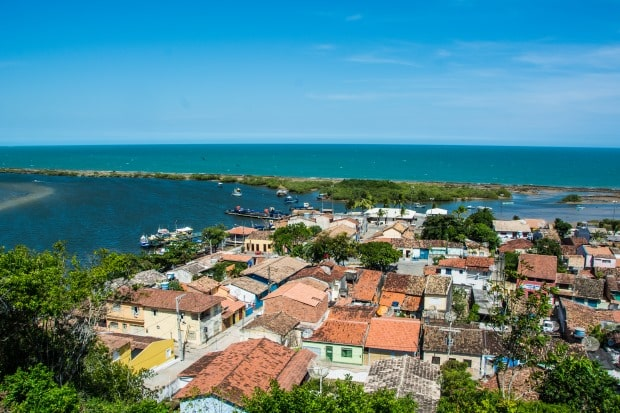 A vista panorâmica do centro histórico de Santa Cruz Cabrália é imperdível