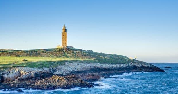 Torre de Hércules, na turística La Coruña, Norte da Espanha - Divulgação