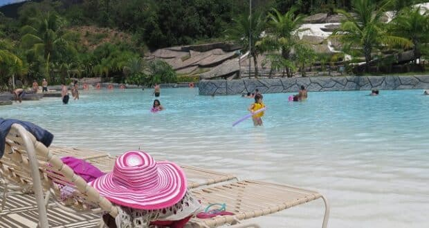A Praia do Cerrado, no Hot Park, complexo aquático do Rio Quente Resort