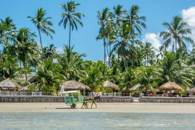Os bangalôs do Gameleiro têm restaurante e quiosques pé na areia