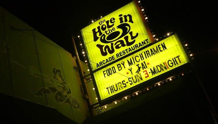 Hole in the wall é um dos bares bacanas em Austin.