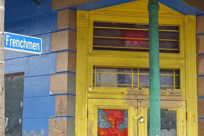A Frenchmen Street é onde ficam os melhores bares de Nola