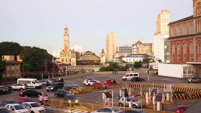 Ao lado da Estação da Luz, a Sala São Paulo tem fácil acesso de metrô e estacionamento próprio