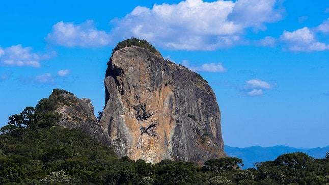 Pedra do Baú, cartão postal de São Bento do Sapucaí