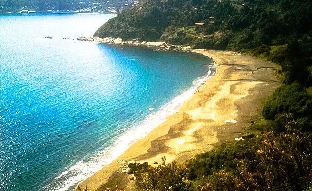 Los Enamorados é uma das melhores praias do Chile | Foto: Robertín/Flickr
