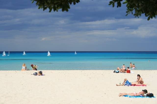 Praias e cultura estão entre as coisas para conhecer em Palermo, na It;ália