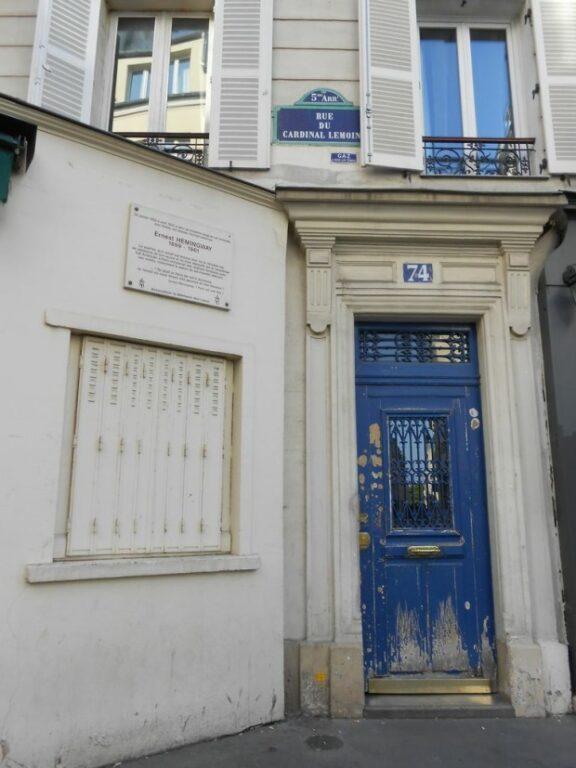 Uma das casas de Hemingway em Paris