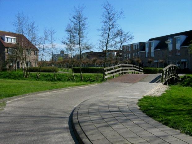 Ijssesltein, na Holanda, é pacata e pequena; a cidade é próxima aos maiores centros do país
