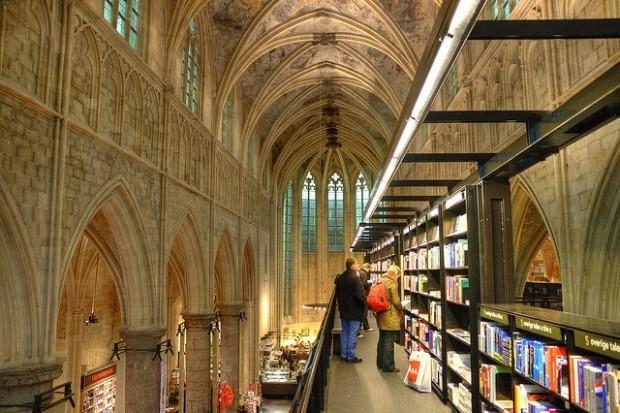 livraria Selexyz Dominicanae holanda viagens legais