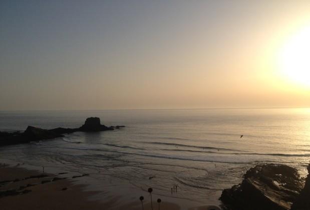 Aproveite o pôr-do-sol (e o peixinho do Restaurante da Rita) em Zambujeira do Mar