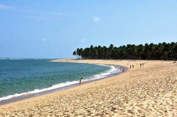 A praia do Gunga, pertinho de Maceió, é considerada uma das melhores do Brasil