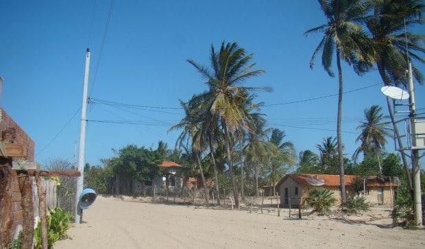 A avenida principal de Atins