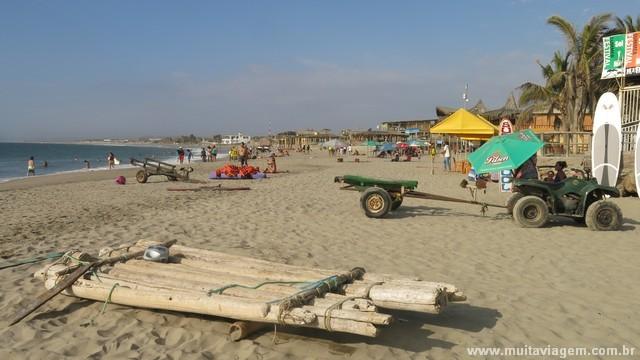 A praia de Mancora não está entre as mais bonitas do mundo, definitivamente